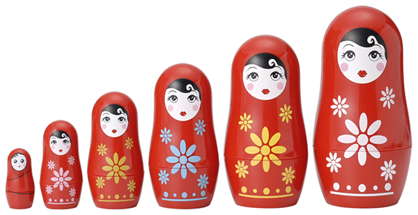 Kelahiran sebuah boneka matryoshka Rusia !